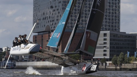 How to follow the action from Hamburg