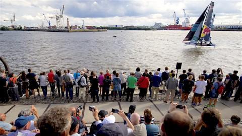 Le Extreme Sailing Series™ tornano ad Amburgo per il quinto Act della stagione 2017