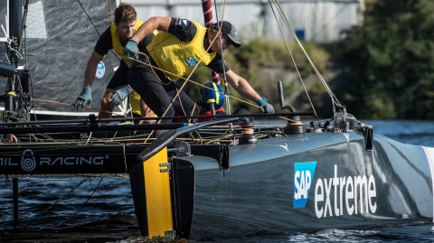 Flat calms on Cardiff Bay hinder sailing on penultimate day
