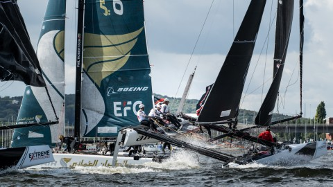 Alinghi climbs the ranks on second day of Extreme Sailing Series™ Cardiff